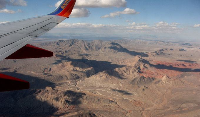 Vista aérea do deserto próximo a Las Vegas