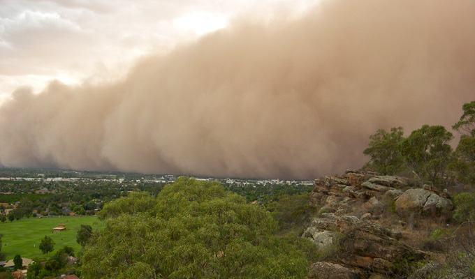 Tempestade de areia em Sydney, Australia